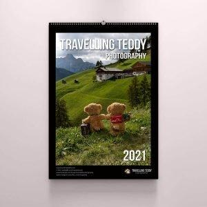 Bezaubernder Wand-Kalender Travelling Teddy 2021